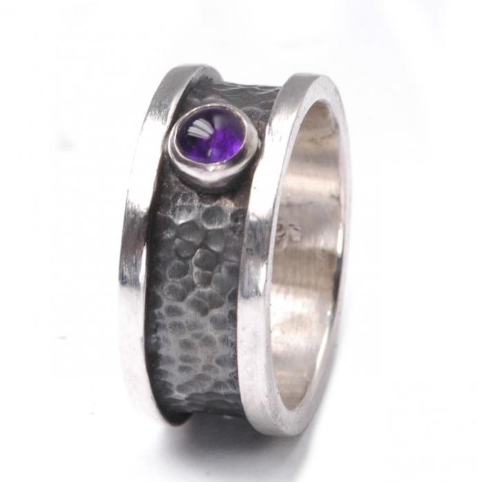 Gehämmerter Amethyst Ring Silber 925